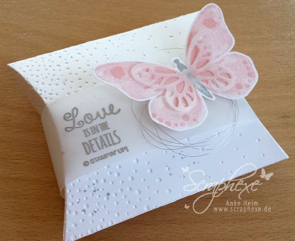 Pillow Box, Schmetterling