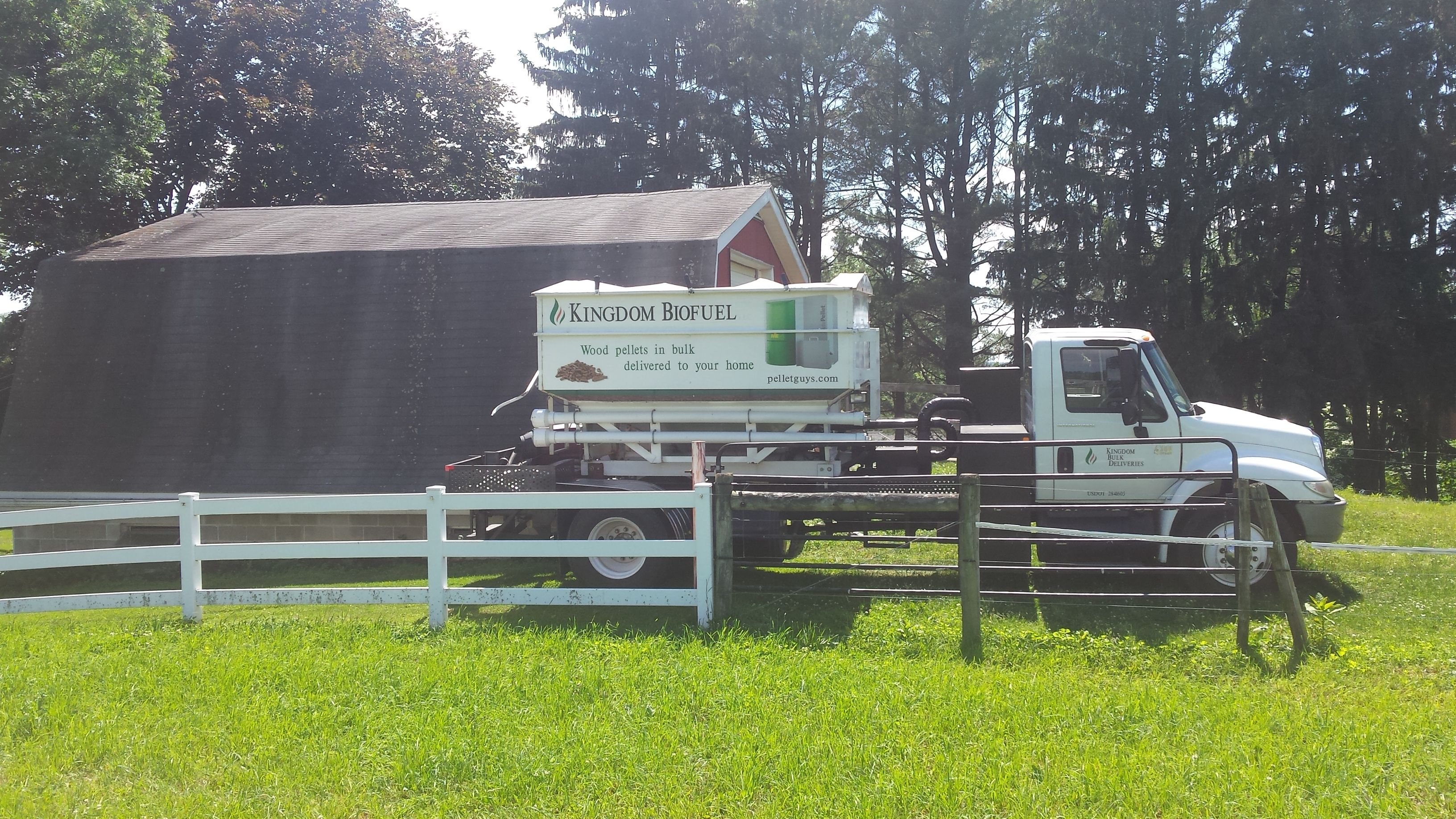 Bedding Pellets for Horses and Pets Horse bedding