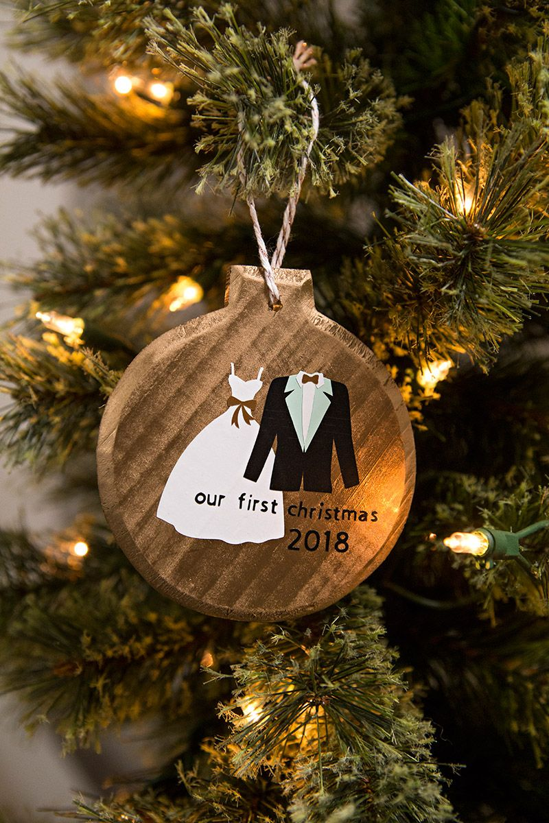 christmas ornaments using cricut