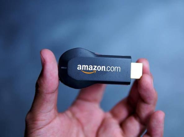 """In arrivo la Amazon Tv Il """"dongle"""" da collegare alla televisione si chiamerà Fire e veicolerà i contenuti di casa Bezos e non solo. Film, serie e anche videogiochi"""