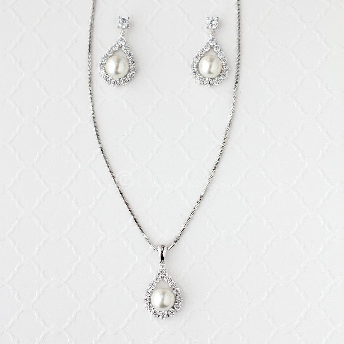 Wedding jewelry set of pearl drops necklace wedding jewelry sets