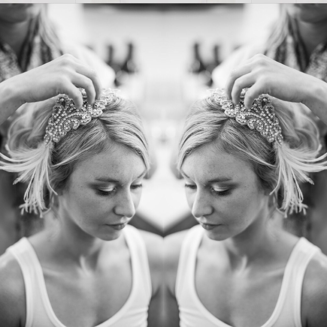 Beautiful bridal head piece for this vintage style wedding