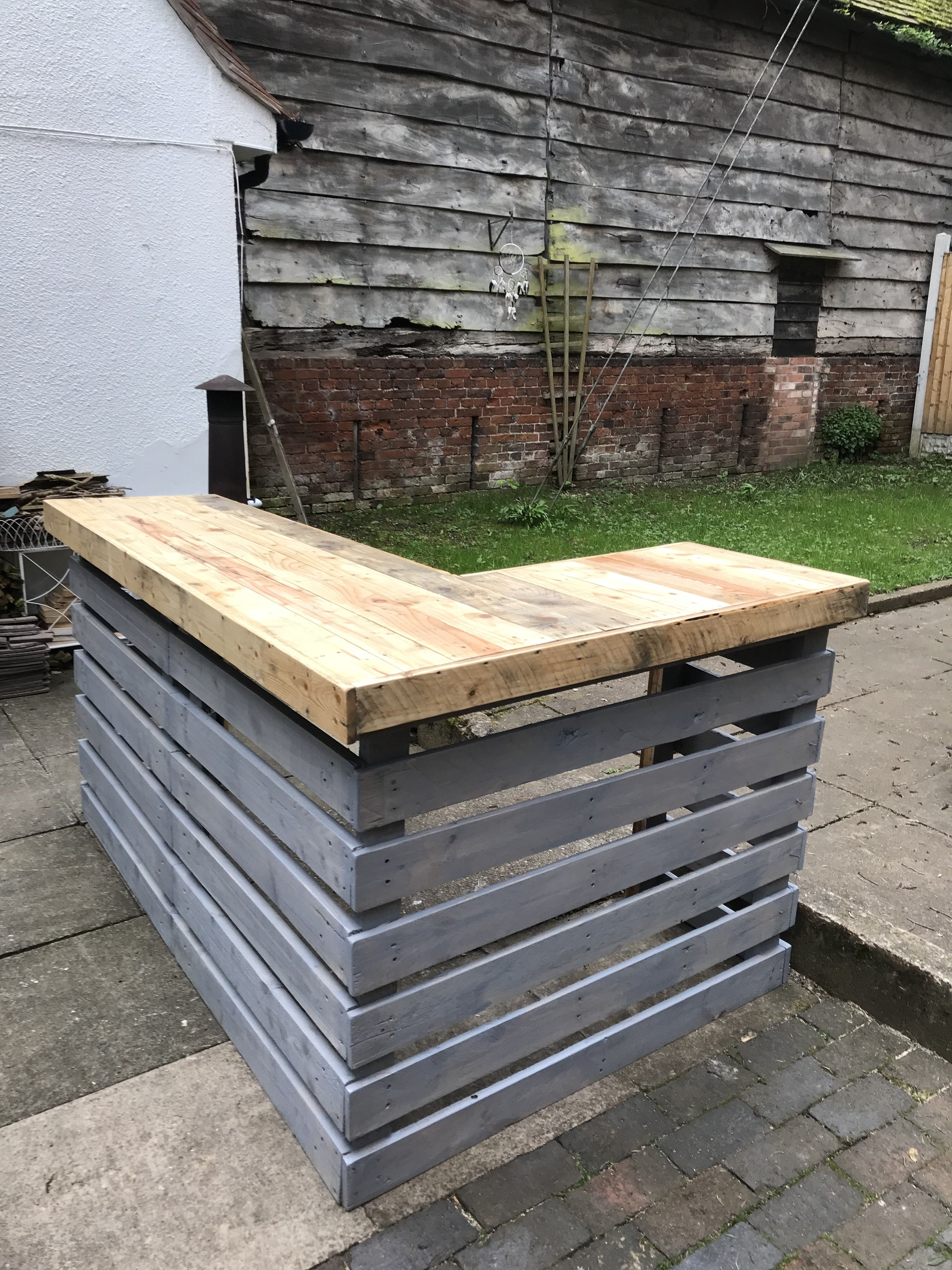 2 Coats Of Danish Oil On The Bar Top 1 More To Go Then Buffed Up Slats Painted In Night Shore Diy Outdoor Bar Wood Pallet Bar Pallet Bar Diy