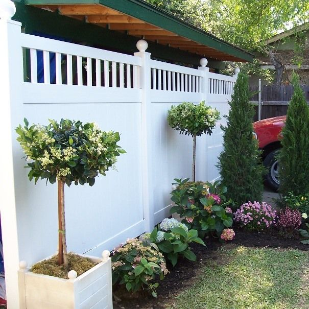 Create A Beautiful And Defined Living Space With Accented Vinyl Privacy Fencing Vinyl Fence Landscaping Fence Landscaping Privacy Fence Landscaping