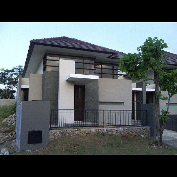 Modern Home Exterior Paint Colors: Modern House Exterior Entrance Idea #dubai #uae #dubaimall