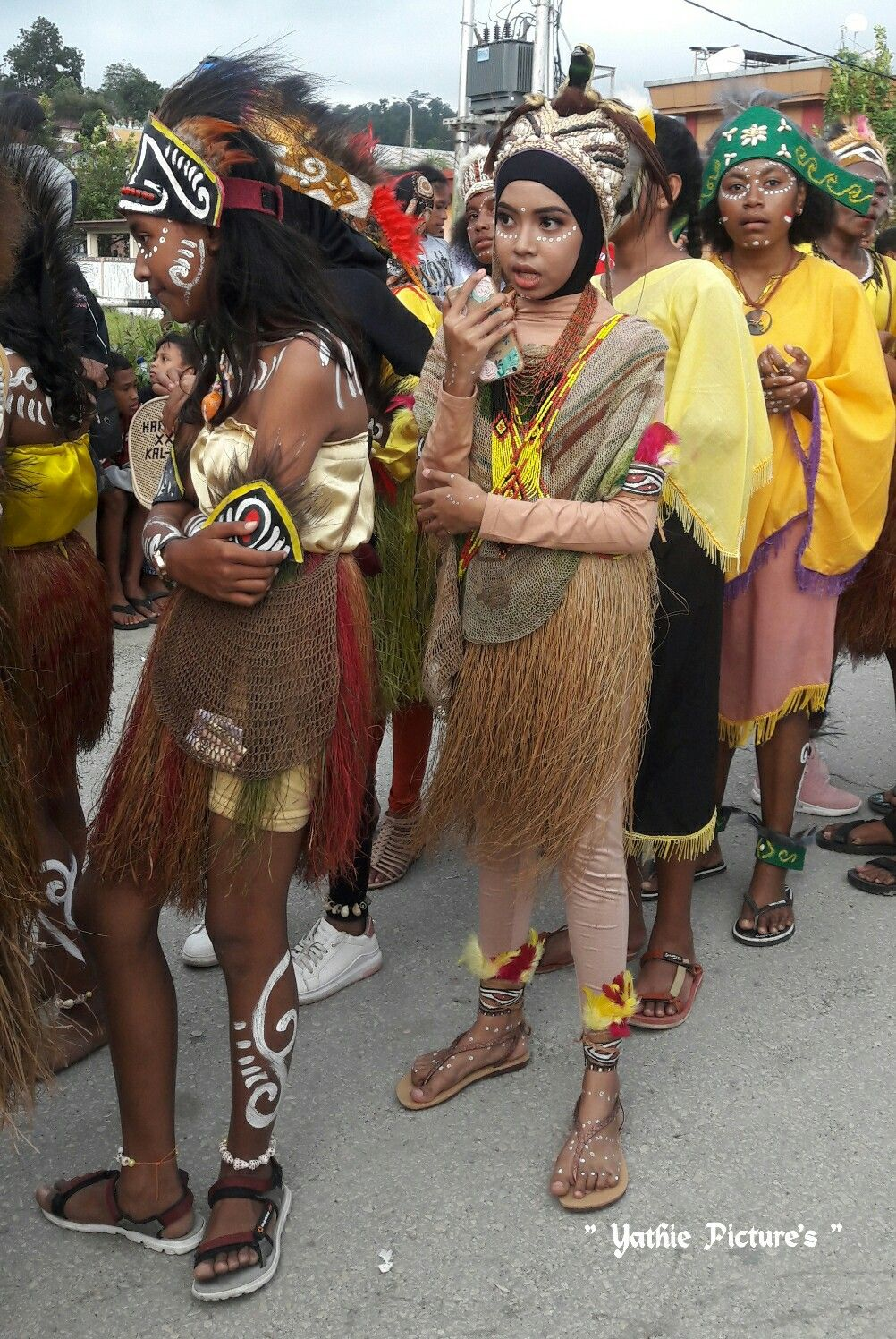 Pakaian Adat Indonesia Timur Papua