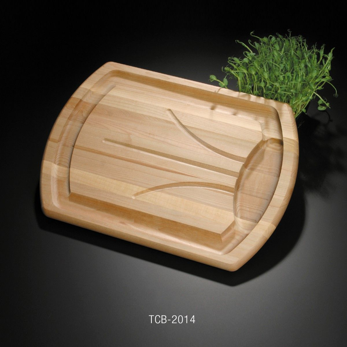 Traditional Carver The Deep Grooves In This Carving Board Are Routed Into The Surface Of The Wood In A Traditional