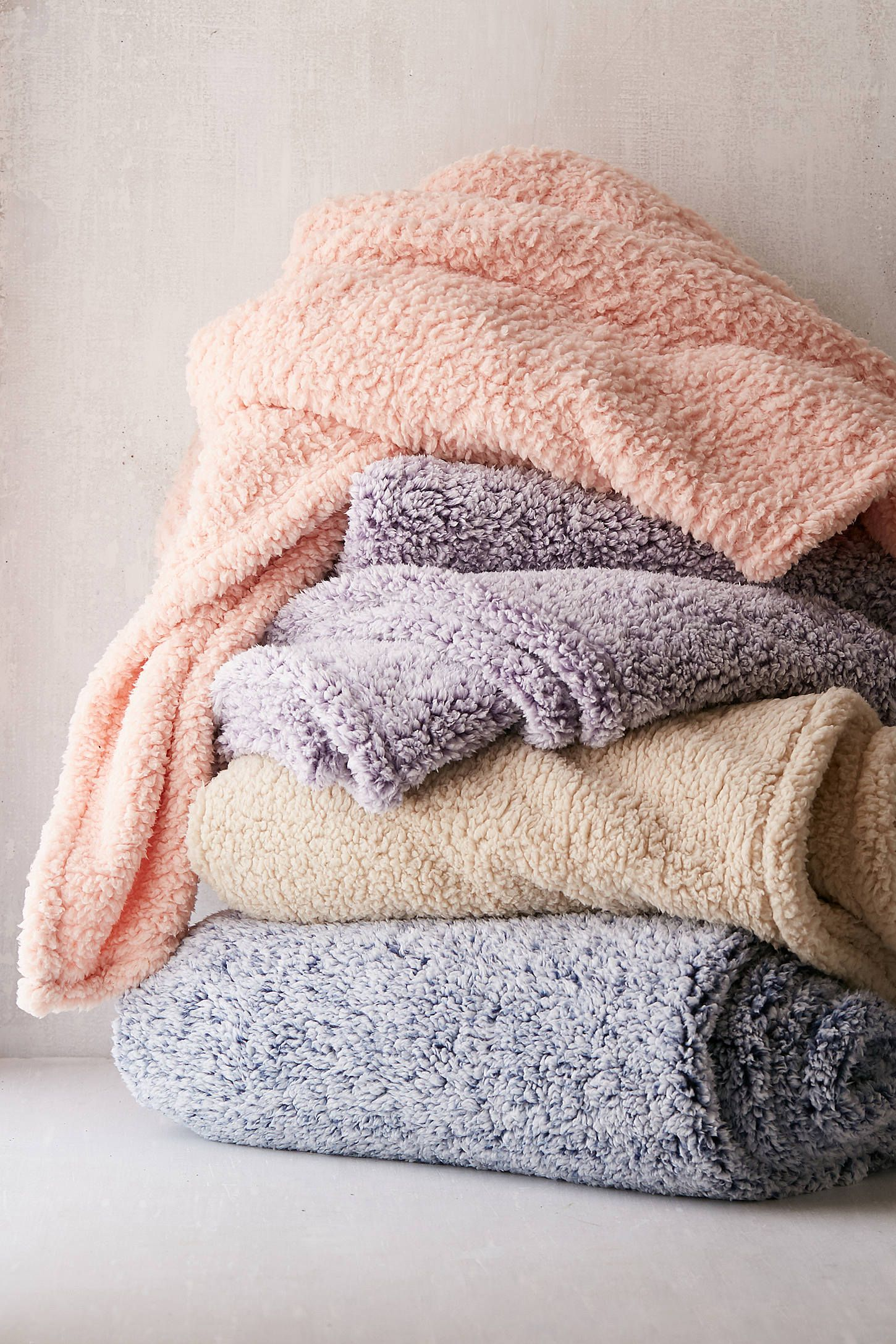 Large Luxury Super Soft FLEECE throw blanket in 2 Colours
