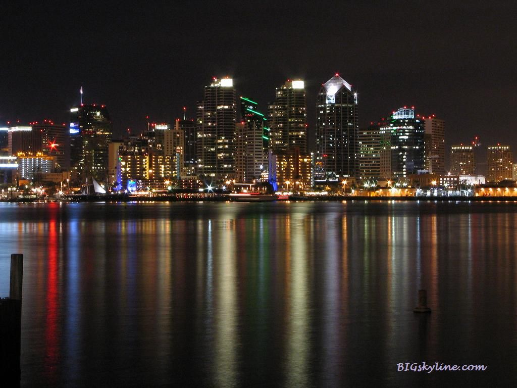 City Skyline Picture Of San Diego California At Night San Diego Skyline California City City Skyline