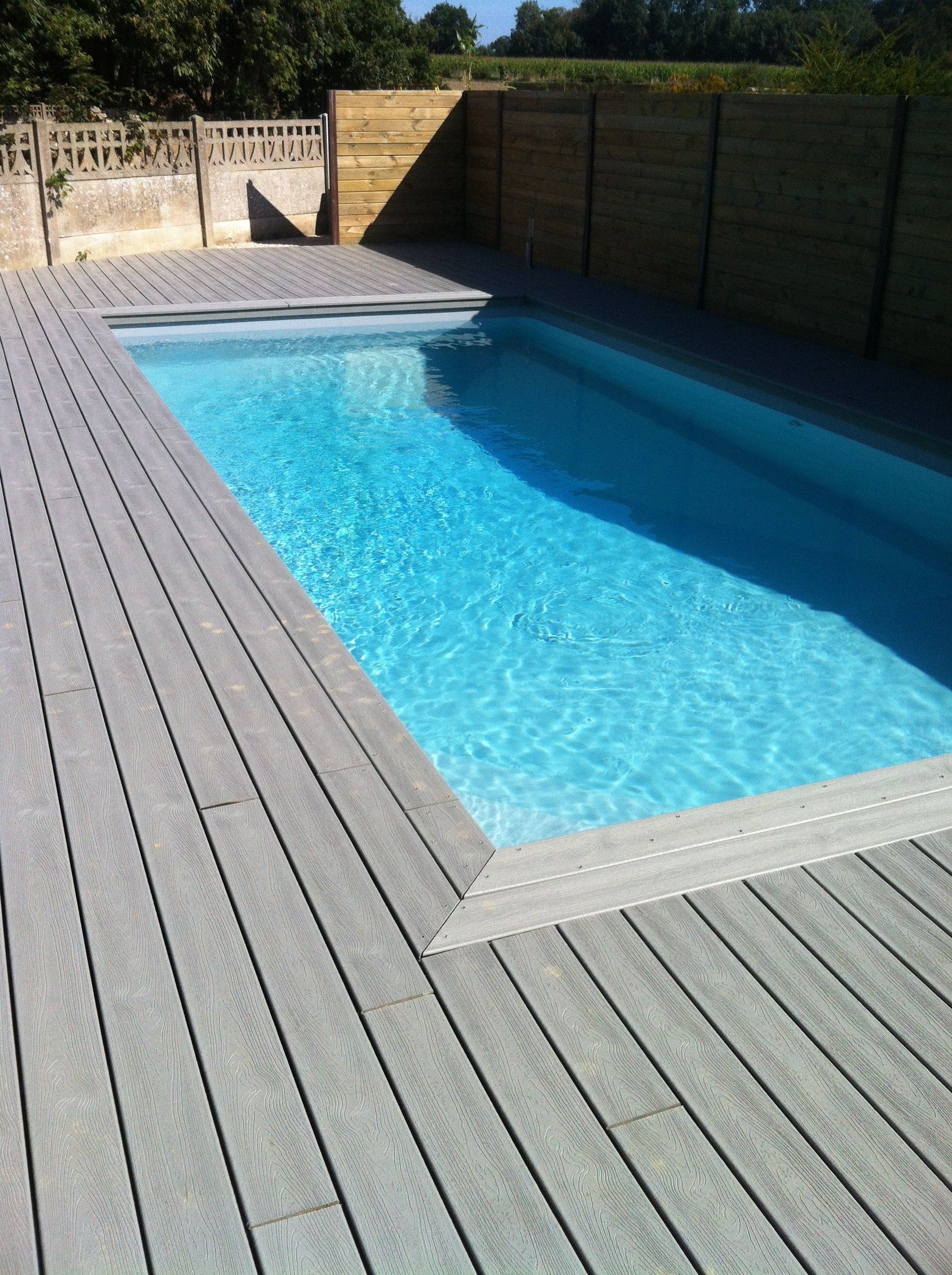 terrasse bois composite piscine jpg (1936 u00d72592) Pools Pinterest Swimming pools, Pool spa  # Terrasse Bois Pour Piscine