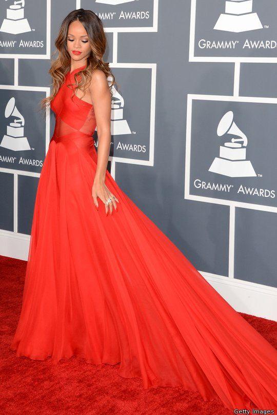 Rihanna, Grammy's   Nice dresses, Grammy fashion, Dresses