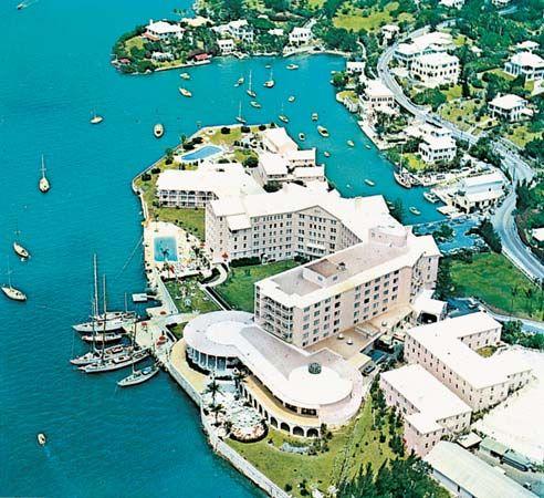 Hamilton Bermuda Britannicacom Bermuda Views Pinterest - Trips to bermuda