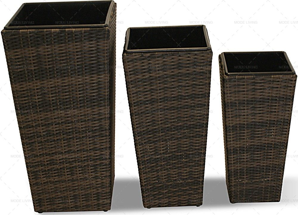 Shaped Rattan Garden Planters Http Modeliving Co Uk Garden Accessories Maze Rattan Rattan