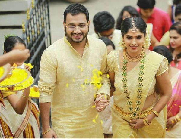 Muktha Rinku Tomy Engagement And Wedding Photos Kerala Bride