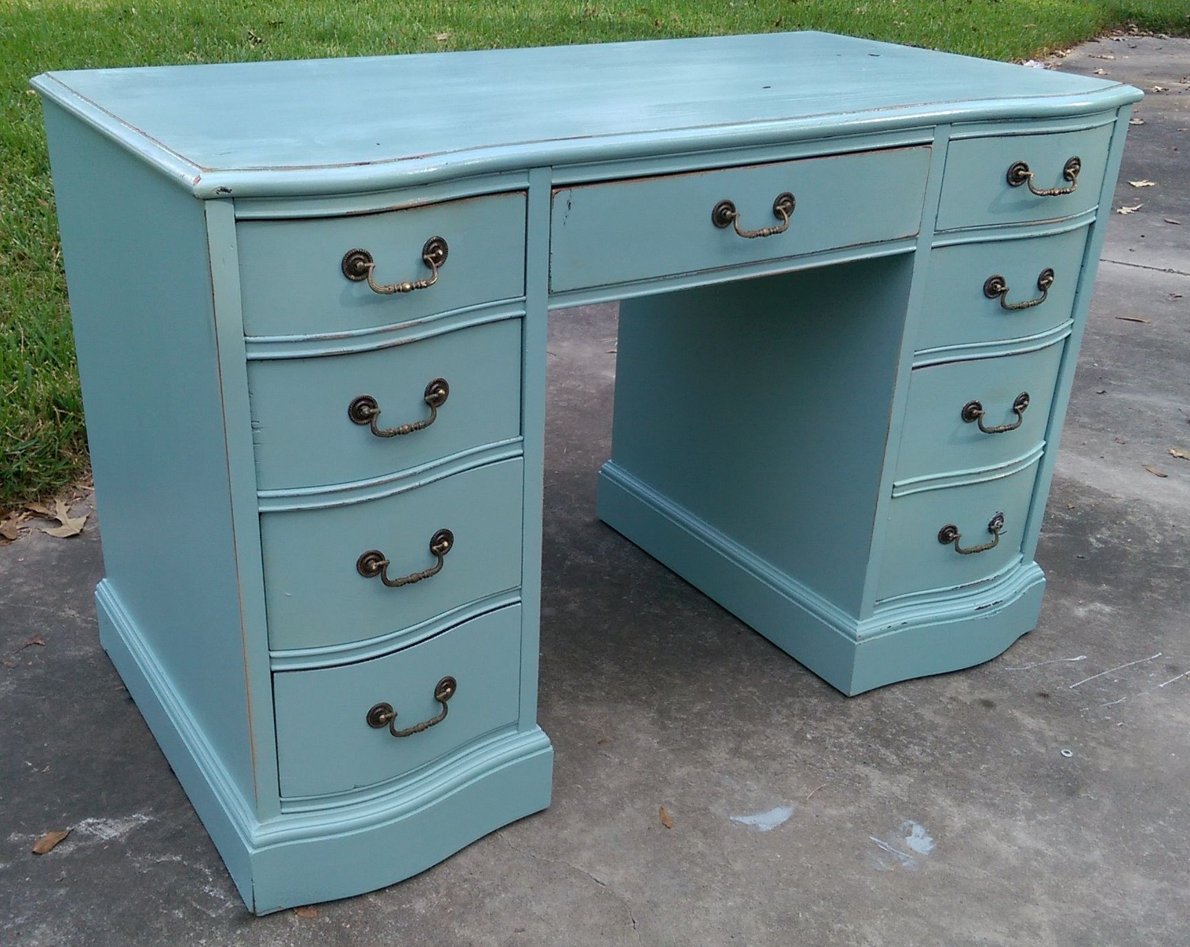 I Just Love These Desks They Are Perfect For Your Home Office Or In The Kids Room For Homework How Woul French Country Furniture Shabby Chic Desk Shabby Chic