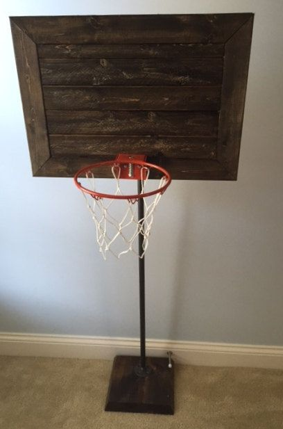 Exceptionnel *NEW* The Faux Pallet Backboard And Base Are Stained And Finished To Give  The Feel Of Those Basketball Goals You See On Old Farms And Buildings.