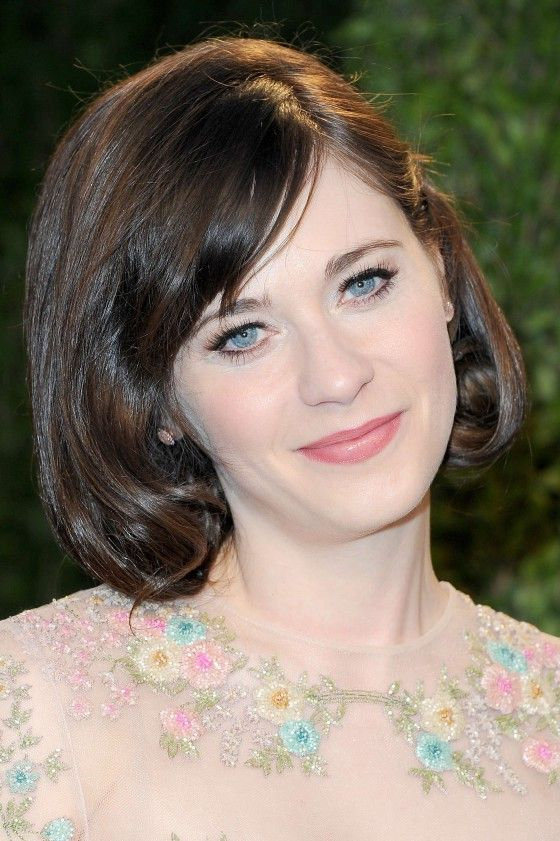 zooey deschanel debuts short hair