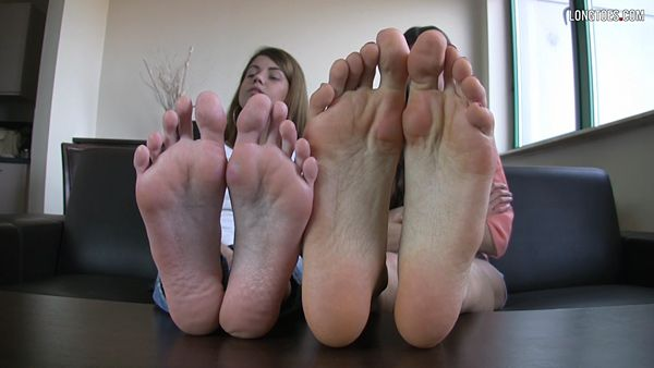 contacts foot fetish
