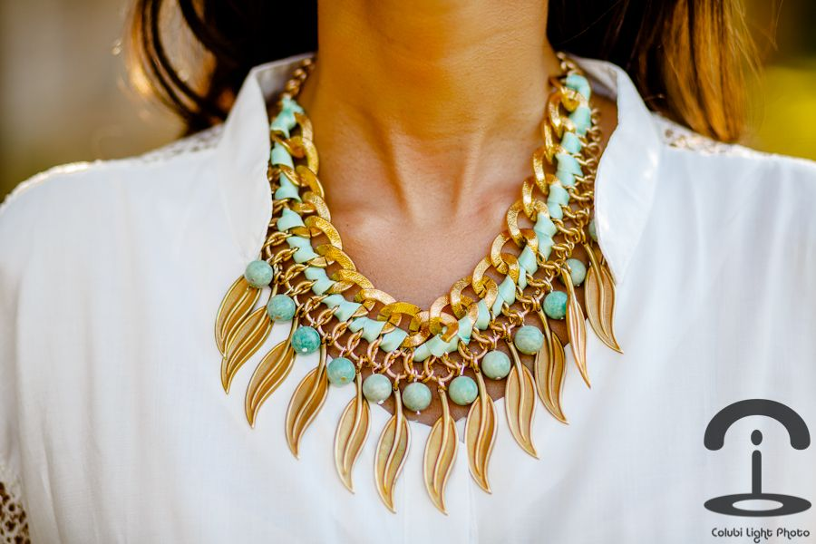 DIY Statement necklace. Love this!