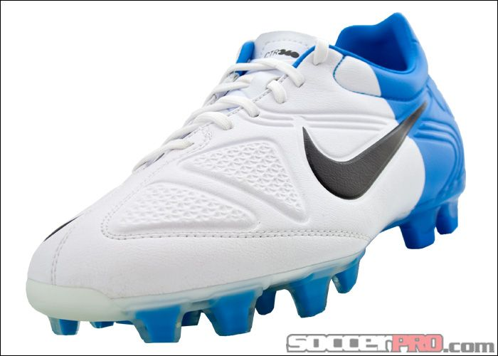 Football boots � Nike CTR360 Trequartista II Firm Ground Soccer Cleats -  White with Blue and Black.