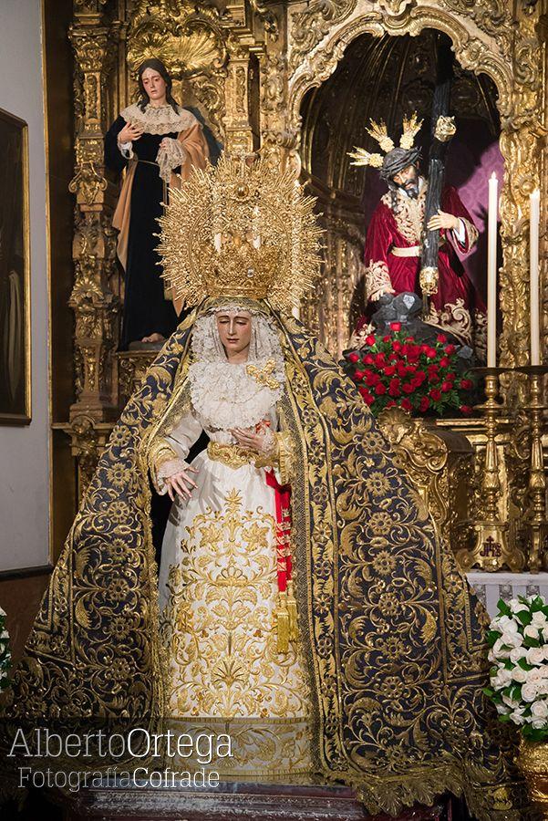 Virgen De Loreto Sevilla Virgenes De Sevilla Manto De La Virgen Hermandades De Sevilla