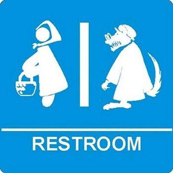 Restroom signs... - photo from queverdestas blog
