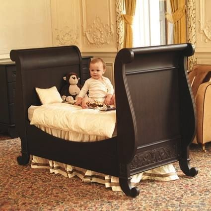 I absolutely adore this sleigh bed. It's sweet, yet sophisticated. Can't you see your little one's dream come true in this bed?