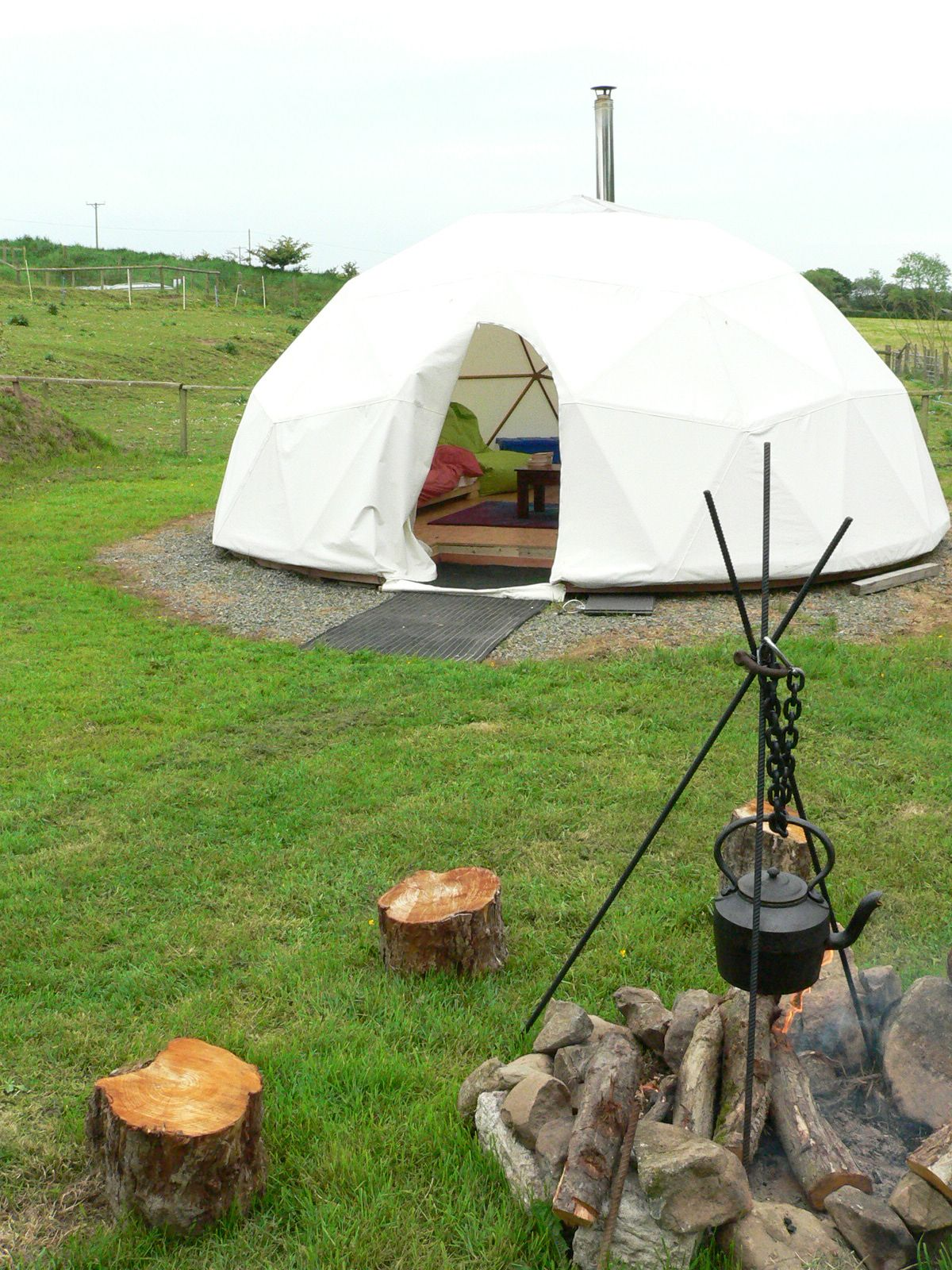 geodesic dome homes | Geodesic dome holidays at Preseli Venture & geodesic dome homes | Geodesic dome holidays at Preseli Venture ...