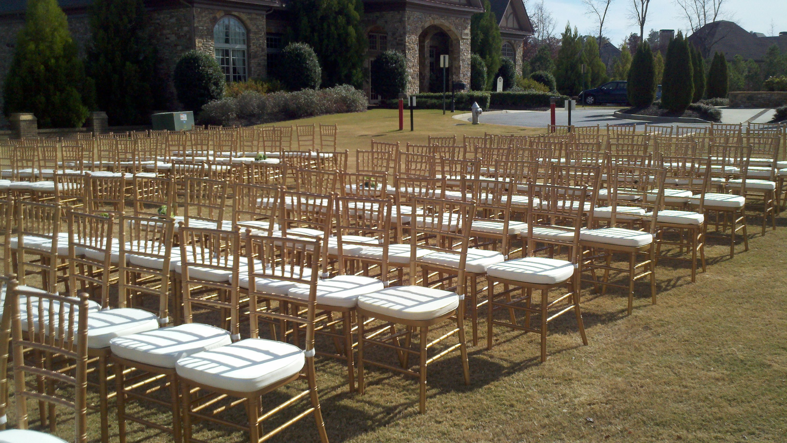 Sweet Seats Chiavari Chairs And Chair Covers Atlanta Outdoor Furniture Sets Gold Chiavari Chairs Outdoor Wedding Ceremony