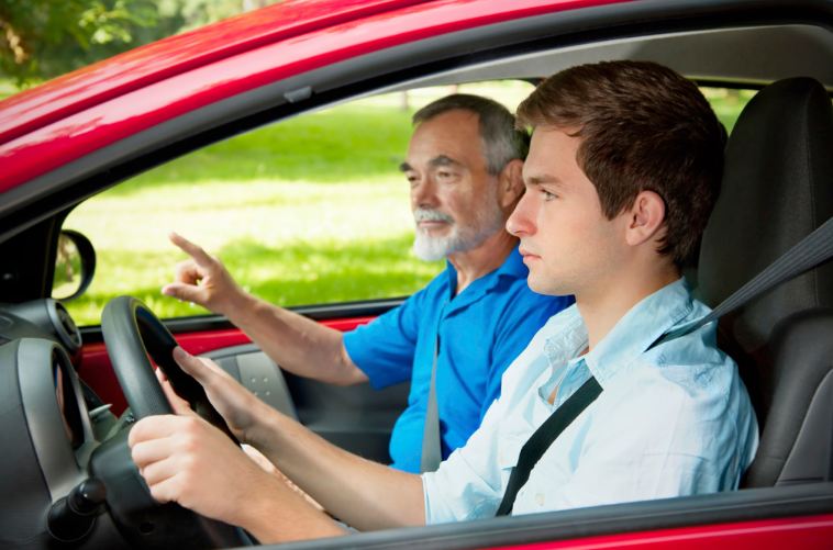 Cheap Driving Lessons Birmingham with Andy1st Instructors