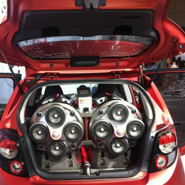 Used Car Subwoofer For Sale In Dubai