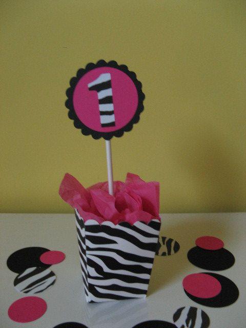 Brilliant Zebra Party Table Zebra Print Hot Pink Zebra Print Interior Design Ideas Clesiryabchikinfo