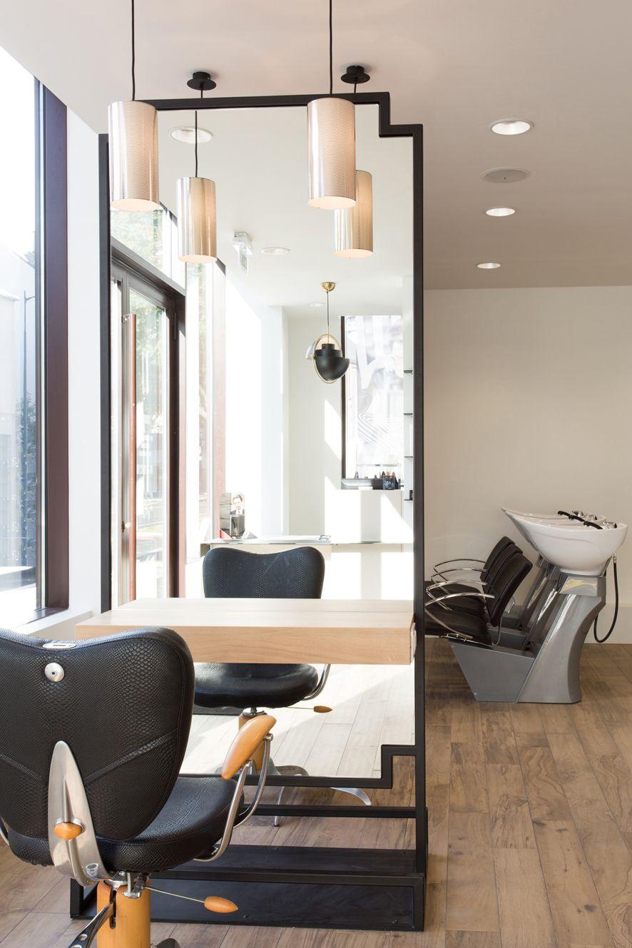 Épinglé par dhancy magtulis sur Salon en 19  Salon de coiffure