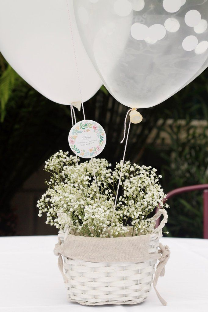 Decoraci n de una fiesta y candy bar en un jard n de for Arreglos de mesa para boda en jardin