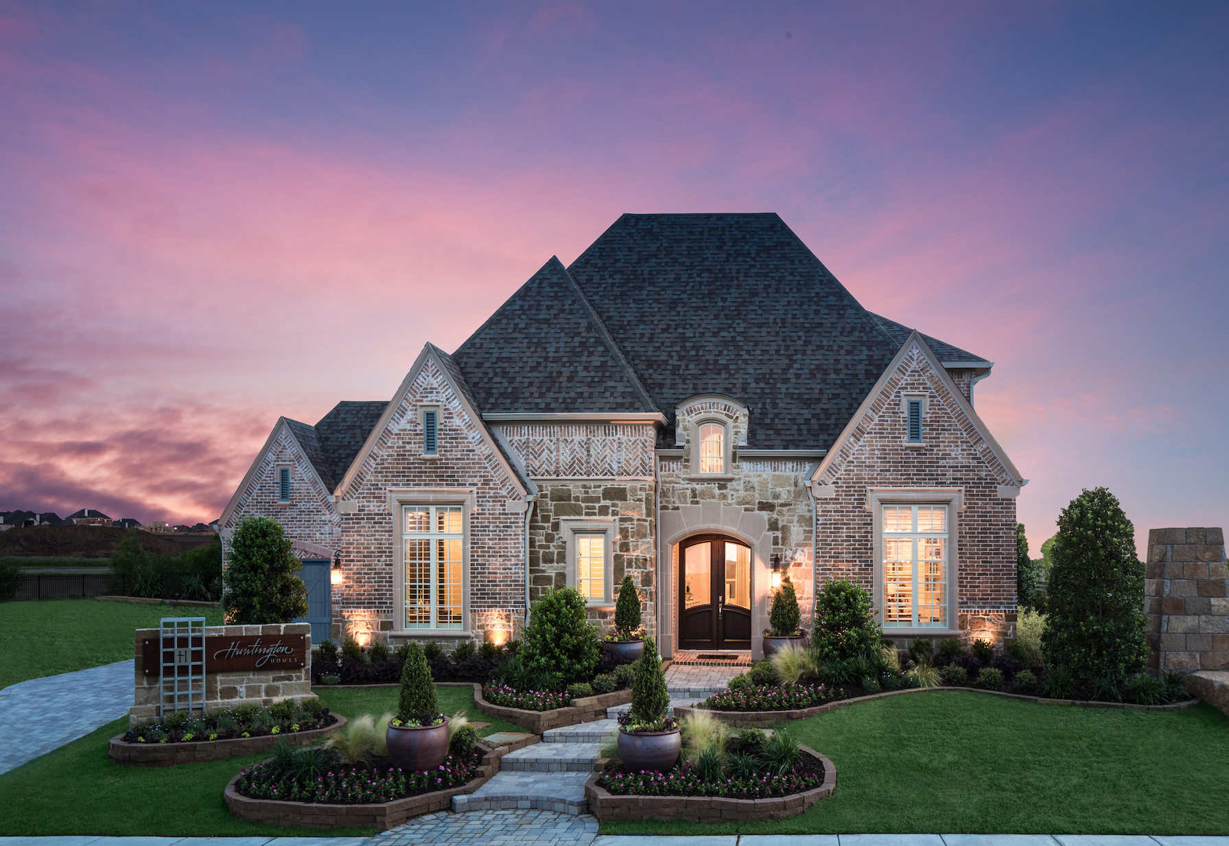 Exterior Homes With Stone Exterior Home Design Huntington Homes Front Yard Landscaping Front Yard La House Exterior Huntington Homes Best Home Builders