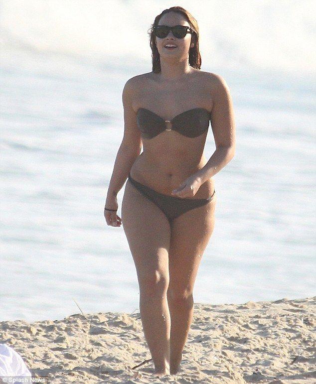 Ashley Tisdale Side Boob