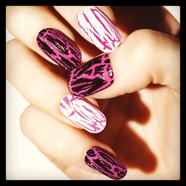 Think Pink! A festive Mani Monday in support of the Avon Walk for ...