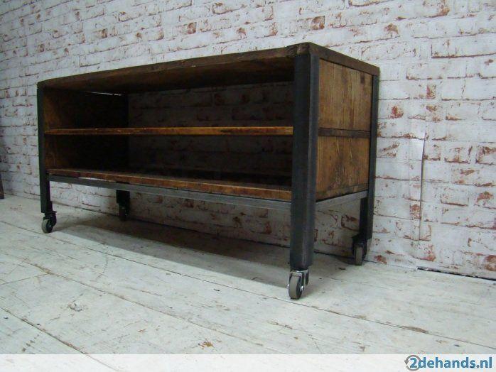Dichte Tv Kast : Industrieel tv meubel combinatie van recycled hout staal