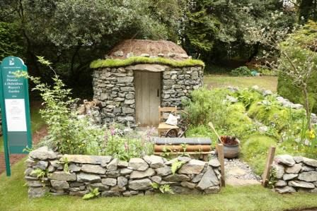 Best stone features garden google search landscapes gardens best stone features garden google search workwithnaturefo