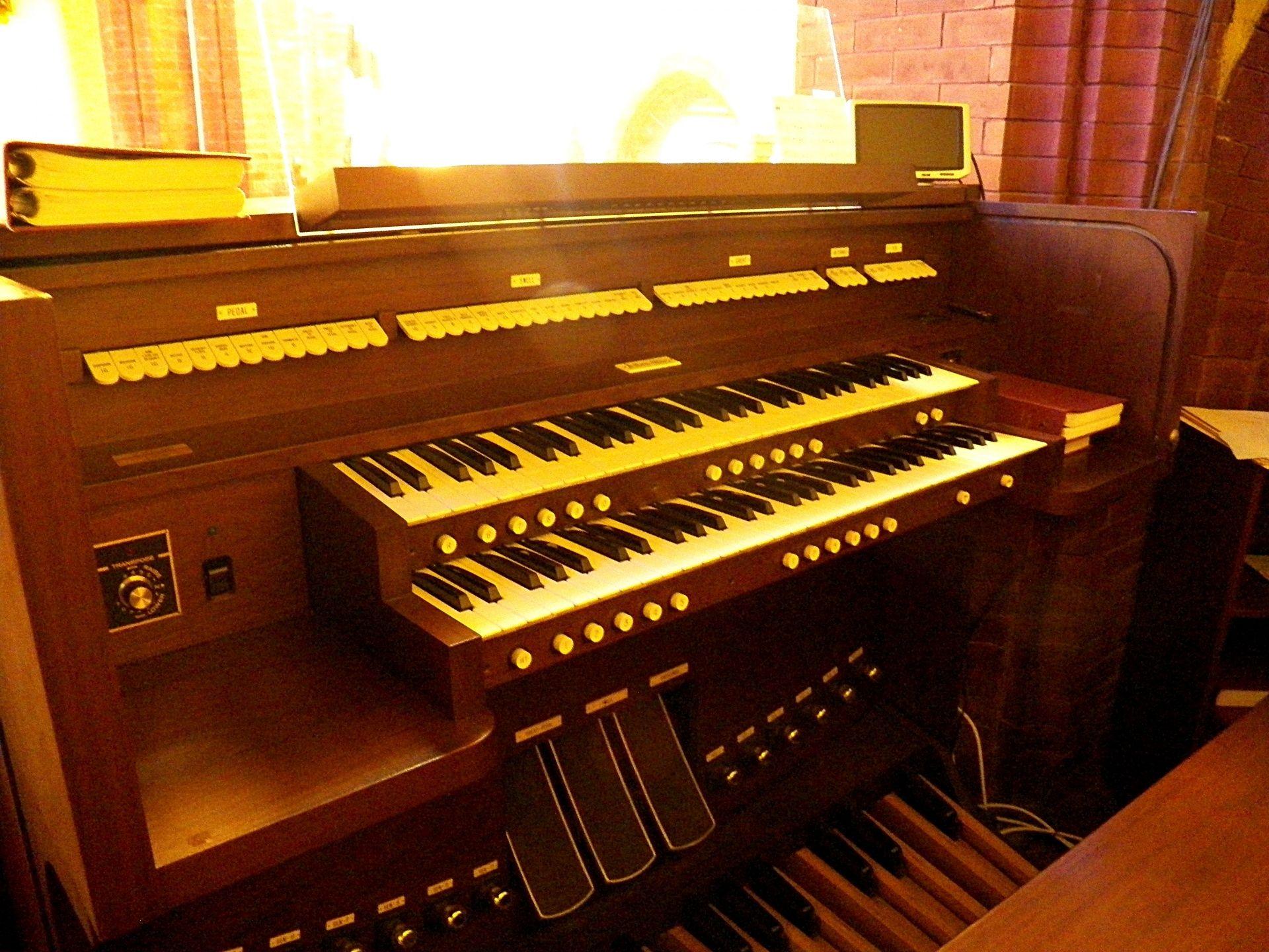 beautiful church organ wallpaper download free | hd wallpapers co