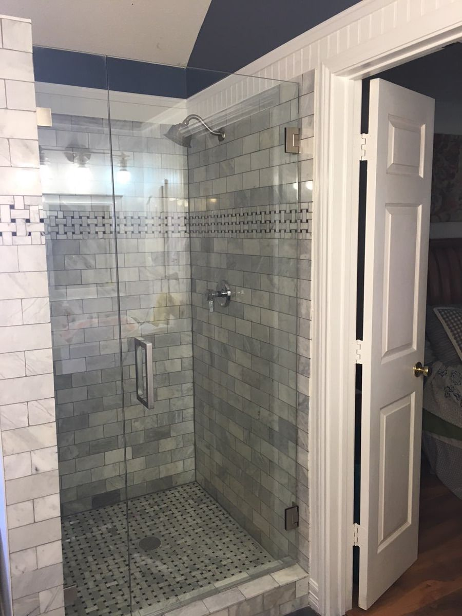 Frameless Shower With Inline Stationary Panel And Door Square