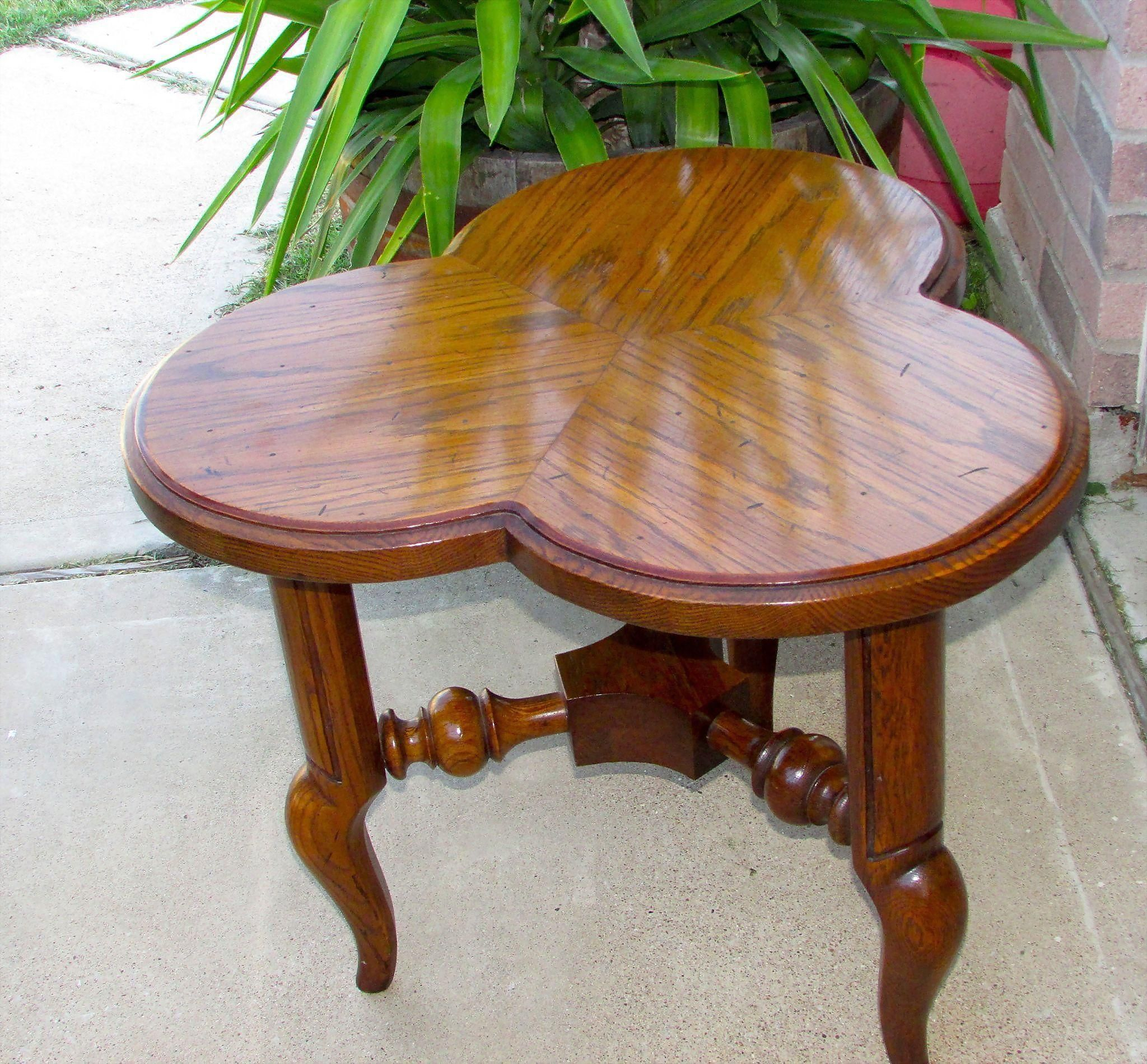 Best Vintage Mid Century Solid Wood Cherry 3 Leaf Clover Shaped 400 x 300