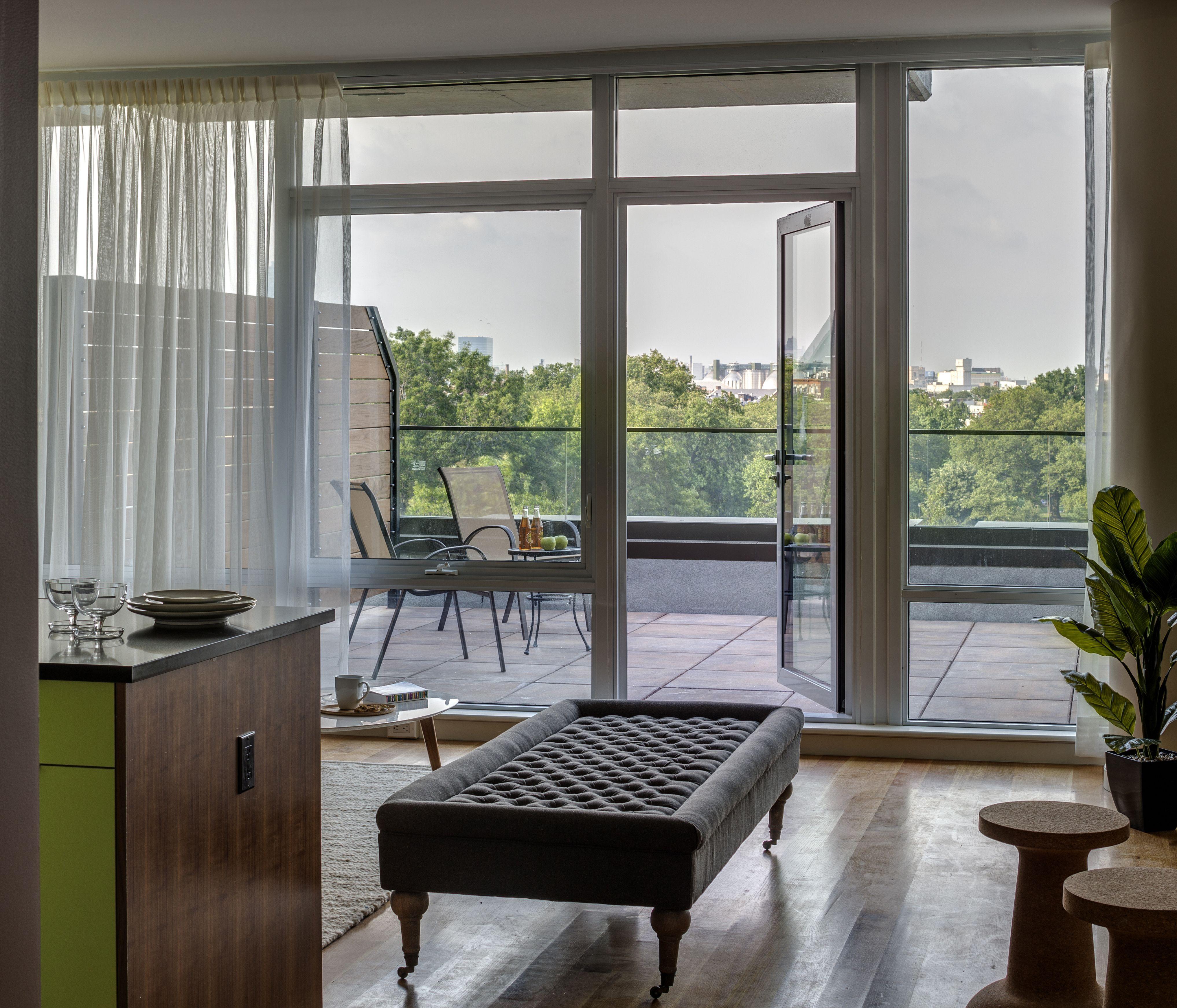 Williamsburg Apartments: Brand New Williamsburg Rentals With Generous Floor Plans