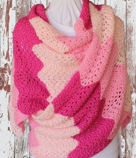 Knitting Pattern for 4 Row Repeat Gradient Lace Shawl - Easy wavy ...