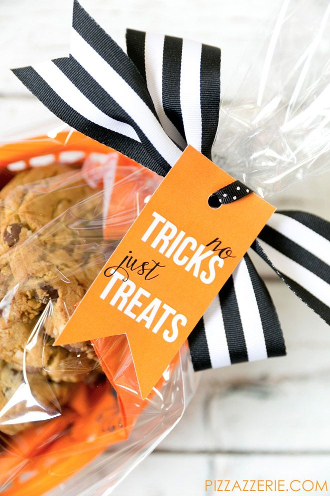 Free halloween treat tag free printable for halloween free no tricks just treats free printable halloween gift tag negle Gallery