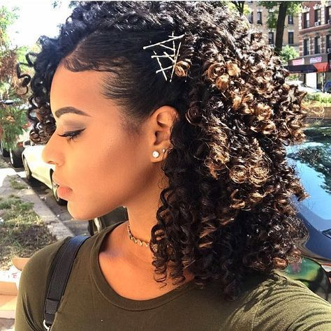 Heavenly Curly Side Hairstyle Amazing Curly Hair Curly Hair Styles Naturally Natural Hair Styles