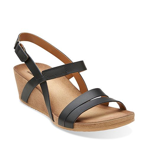 BOSCOVS 350563 Clarks Alto Gull Strappy Wedge Sandals - Black