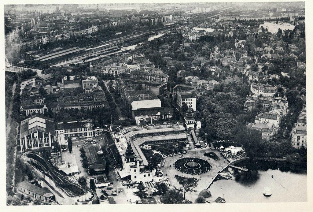 Historische Luftaufnahmen Berlin- Terassen am Halensee