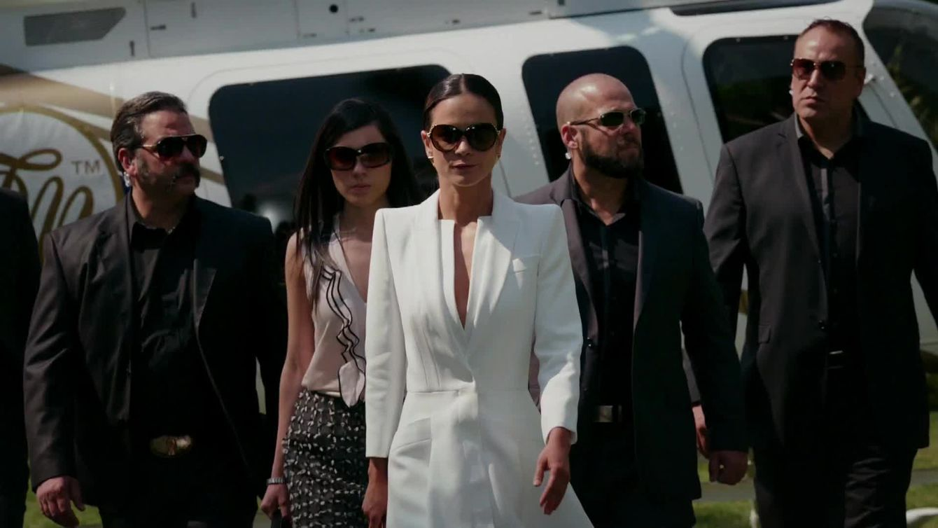 Read The Queen Of The South Season 1 Timeline Learn Everything You Need To Know About Queen Of The South Season 1 On Usa Net Queen Of The South Season 4 Queen