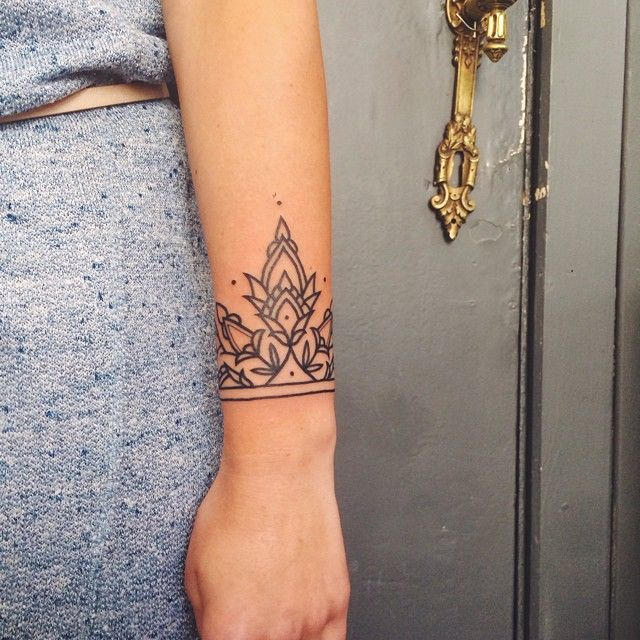 Instragram Ishi Tattoo Wrist Cuffs: Boho Tattoos, Henna Style Tattoos, Wrist